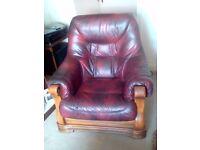 2 + 1 leather sofa.