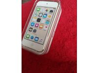Brand new ipod touch 6th gen 32gb gold