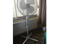 Free standing fan in very good condition only used one summer
