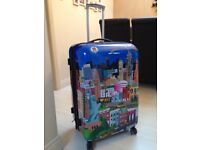 Brand new suitcase IT Luggage lightweight large