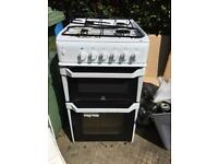 Indesit IT50G (W) cooker oven