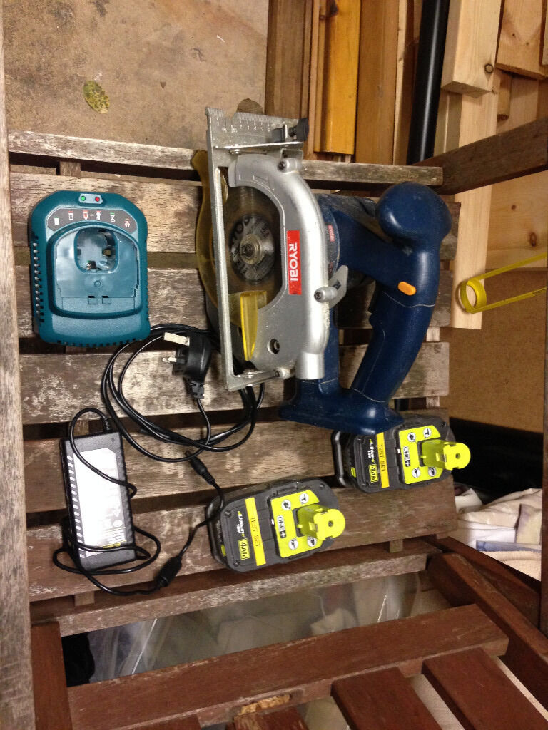 18 volt sawin Sandiacre, NottinghamshireGumtree - 18 volt ryobi saw complete with blade for sale, complete with 2 refubished batteries and a brand new charger. in excellent working order. bought for a project which is now complete.( or nearest offer of asking price)