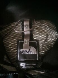 Ladies North Face jacket S/P