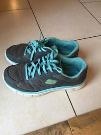 Girls Skechers trainers size 3