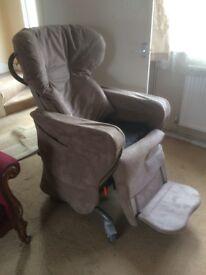 Symmetri kit reclining chair