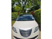 Ypsilon 1.3multi jet Diesel - Pearlescent White - Panoramic Glass Sunroof, Leather, Start stop