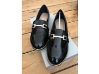 Women's Kurt Geiger Carvela Black Patent Flat Shoes in Size 6