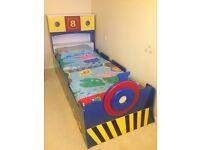 Children's train bed single