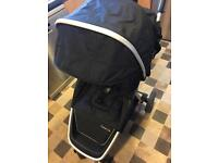 Oyster Lite and Maxi Cosi Pebble travel system