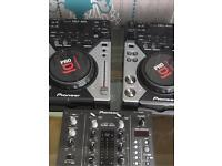 PIONEER CDJ 400 PROFESSIONAL DJ PLAYERS
