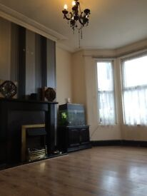 Large Double Room To Rent - Plaistow - Canning Town- Own Garden