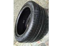 255/40/17 Tyre - As New