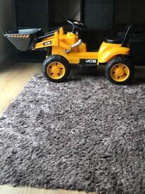Children's electric ride on JCB digger