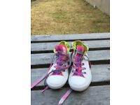 Girls size 10 all stars