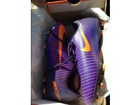 Football boots size 5.5 BRAND NEW