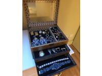 VINTAGE GOLD JEWELLERY BOX WITH VELVET DRAWERS