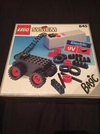 Old Lego electric motor. Comes in a un open box