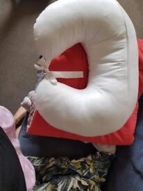 Baby feeding pillow