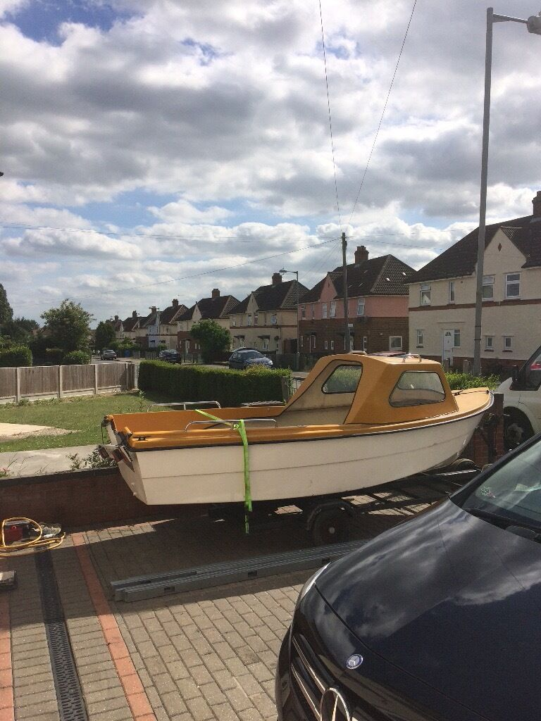 Fishing boatin Ipswich, SuffolkGumtree - Lovely little fisting boat selling as I have a bigger one ready to go with a evinrude 6h outboard which runs perfect with fuel tank ring for any more info on 07977050802 thanks matty