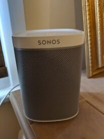 Gently Used Sonos PLAY 1 - White