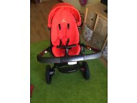 Quinny Moodd pray/pushchair travel system
