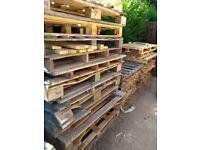 Pallets / Wood