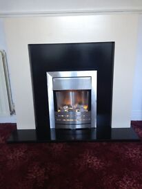 ELECTRIC FIRE WITH WHITE AND BLACK SURROUND