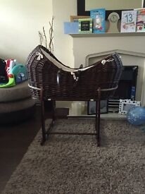 Immaculate condition Clair-de-lune pod basket and rocker stand