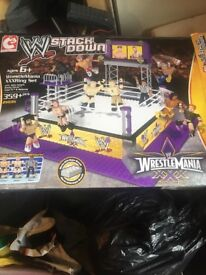 WWE stack down