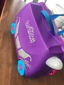 Princess purple trunki