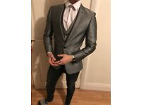 "32"" Chest Three Piece Silver Suit"