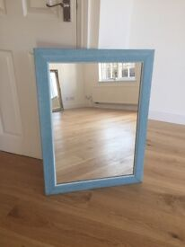 Lovely mirror in great condition