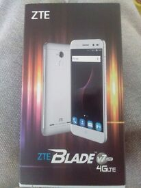ZTE Blade V 7 lite rose gold boxed mint condition and a excellent price
