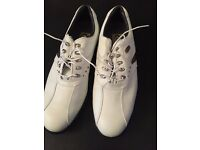 Men's Foot joy golf shoes size 9 brand new