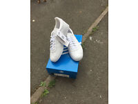 NEW ADIDAS GAZELLE SHOES WOMEN UK7 COLOR WHITE