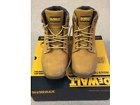 "DEWALT INDUSTRIAL FOOTWEAR - ""UK SIZE 8, EU 42"""