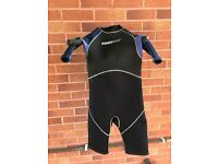 Boys 11/12 years wetsuit