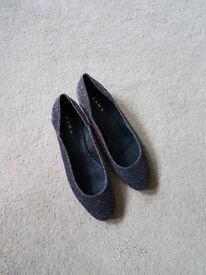 Zara shoes in size 5