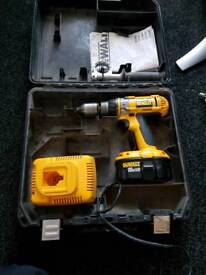 Drill dewalt 18v spares or repair