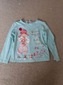 Turquoise long sleeve top with girl print