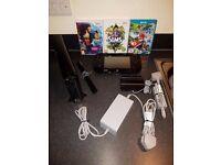 Wii U Console 32GB +3 Games (Mario Kart 3) (Sims 3) (Zumba Fitness)