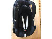 Maxi-Cosi Pebble car seat in fantastic condition