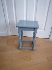 Table, small neat side table painted in F&B Manor House Grey only £8