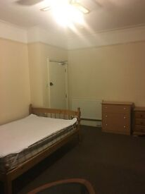 Double room to let! - Available immediately