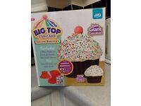Big Top XL Cupcake Silicon Bakeware