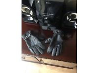 LARGE MOTORCYCLE LEATHER GLOVES