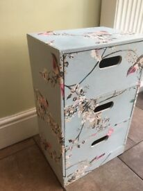 Dunhelm 'Beautiful birds' chest of 3 drawers