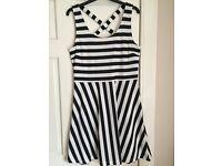 Women's Dress Size Medium H&M VGC