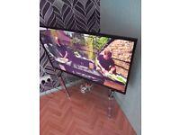 Hitachi 43 inch led 1080 tv plus build in dvd player