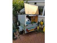 Trelgo car box trailer with roof top box